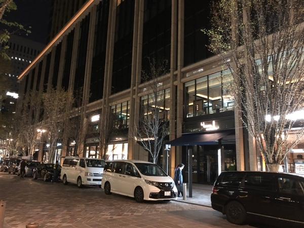 丸の内二重橋スクエアにてオールデンの靴の並び代行、購入代行